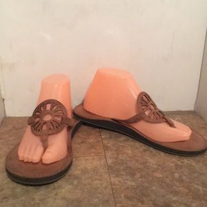 American Eagle leather/rubber thong sandals sz 9